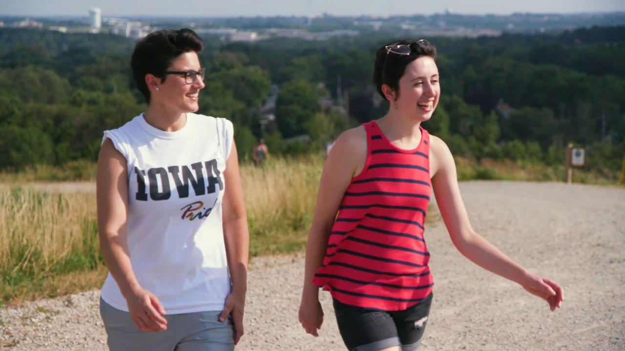 Hiking at Mount Trashmore in Cedar Rapids, Iowa